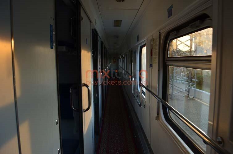 фото купе поезда внутри
